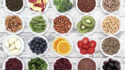 Ismael Cala: Viviendo en armonía iStock_Healthy-Food.jpg