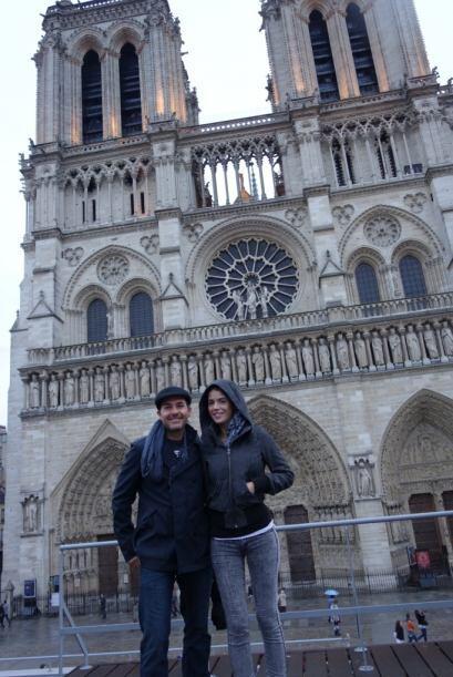 En París, Carlitos no perdió la oportunidad de visitar la...