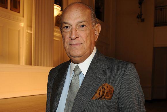 La industria de la moda y el mundo entero está de luto, pues murió el re...