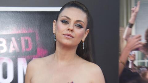 Mila Kunis no es tan buena mamá y eso le da risa