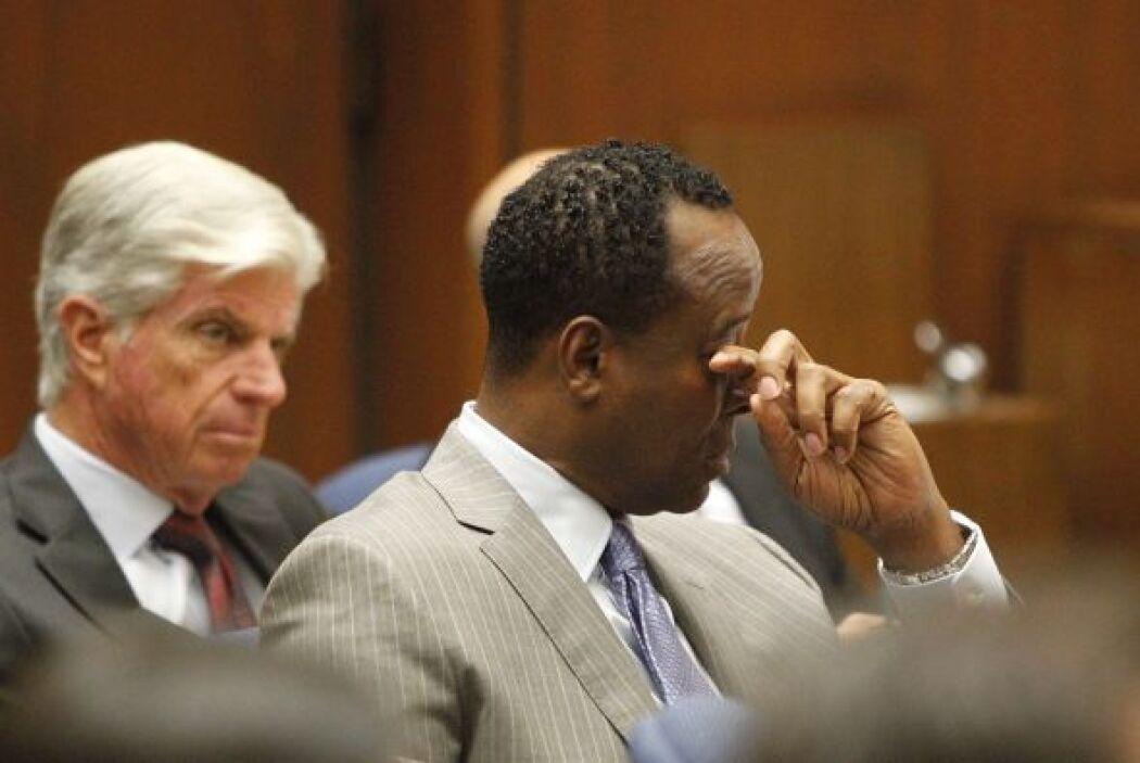 Murray también derramó algunas lágrimas cuando su abogado narró su traye...