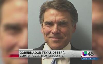 Rick Perry comparecerá hoy en corte