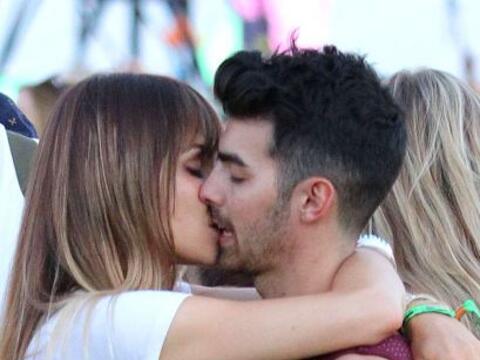 Joe Jonas está soltero de nuevo, fue lo que confirmó su re...