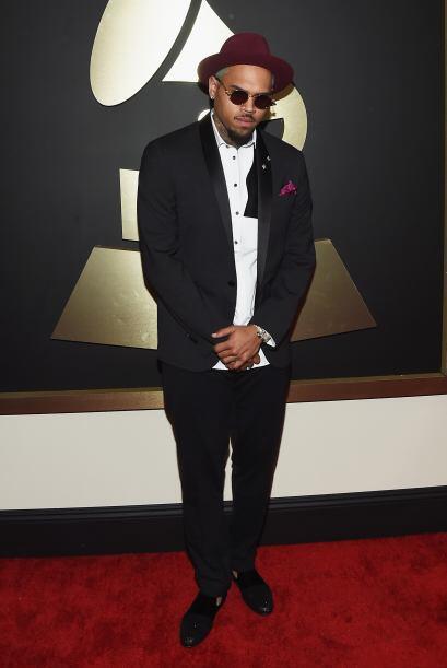 ¿Será que Chris Brown no quería que lo reconocieran...