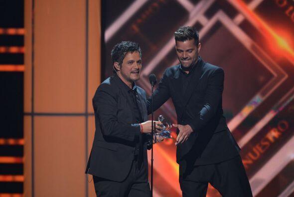 Sanz agradeció a Ricky y a todo su público por este reconocimiento.