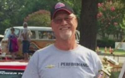 Familiares del bombero retirado desaparecido ofrecen recompensa de 25,00...