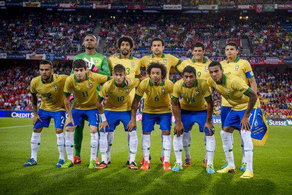 """TEXTO EN NEGRITAS PARA SLIDES  Luiz Felipe Scolari, entrenador de la """"Ve..."""