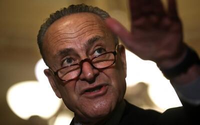 """Senador Schumer: """"los inmigrantes son el verdadero sueño americano"""""""
