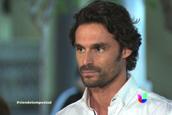 Hernán interviene y le exige a Fulgencio respeto para Marina.