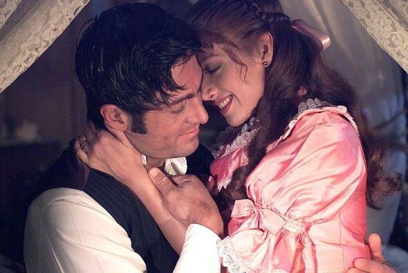 """Su mayor triunfo lo obtuvo por la exitosa """"Amor Real"""". Junto a ella estu..."""
