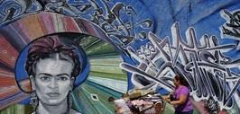 Frida Kahlo en un mural en Los Ángeles