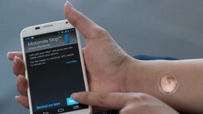 Motorola está intentando nuevas tecnologías para separarse de su compete...