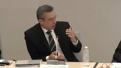 El Gobernador ofreció su ponencia sobre la situación fiscal de Puerto Ri...