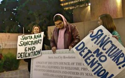 """Activistas a favor de que Santa Ana se convirtiera en """"ciudad santu..."""