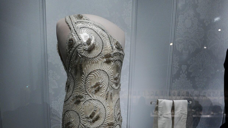 Vestido diseñado por James Galanos para Nancy Reagan