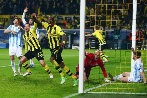 Y llegó el gol en una jugada confusa que terminó mandando a las redes Fe...