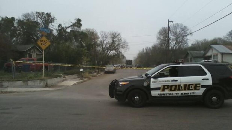 Las autoridades investigan un posible homicidio, luego de haber encontra...