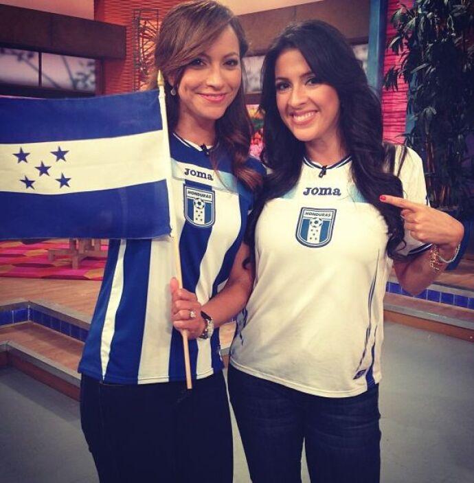 """""""@satchapretto y yo listísimas para #Honduras vs #Mexico. ¿Ustedes?"""", es..."""