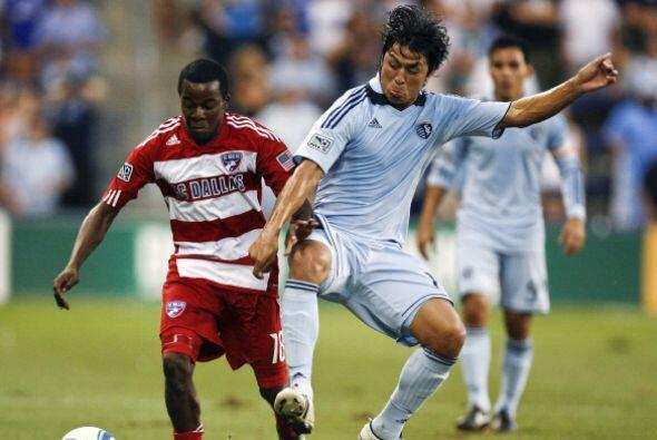 Con la victoria, FC Dallas sigue pisando los talones de los líderes del...