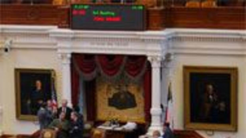Inicia sesión la 81va. Legislatura Estatal de Texas con varios temas pol...