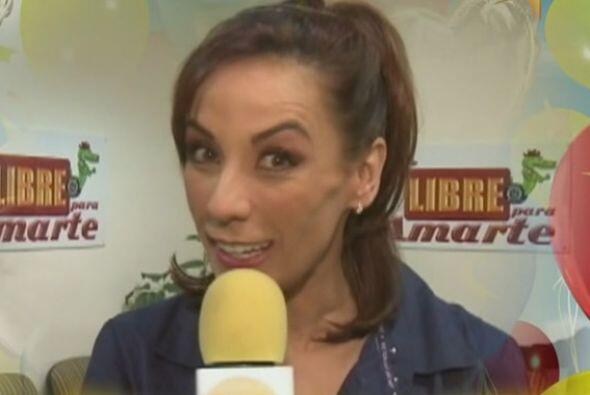 Consuelo Duval celebró el aniversario de Hoy y felicitó a los conductores.