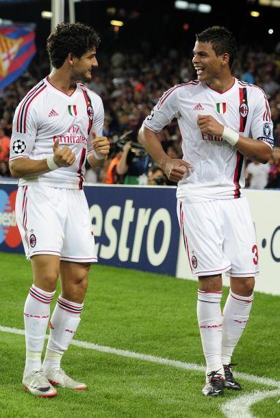 Los brasileños festejaron a ritmo de samba y el Milan vuelve a Italia co...