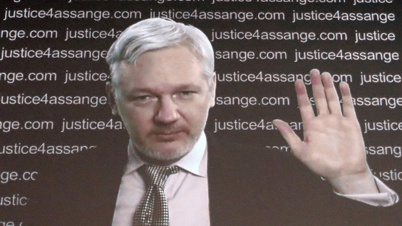 Assange por videoconferencia desde Londres