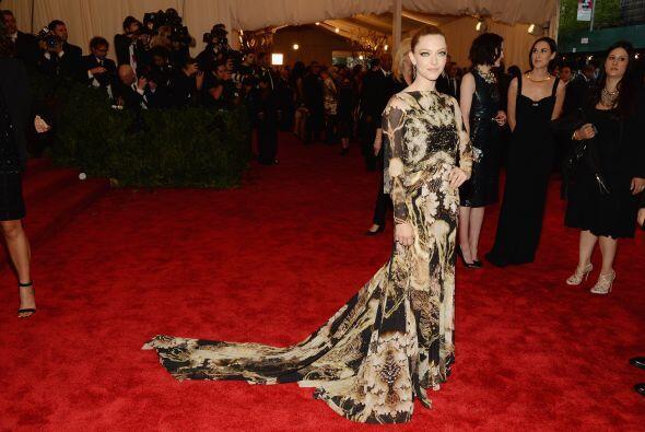Un Givenchy Haute Couture fue la pieza que vistió el cuerpecito d...