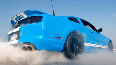 El GT500 utiliza el motor V8 de producción más potente del mundo.