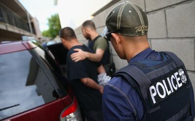 ¿Cómo será la situación de los inmigrantes tras la aprobación de la medi...