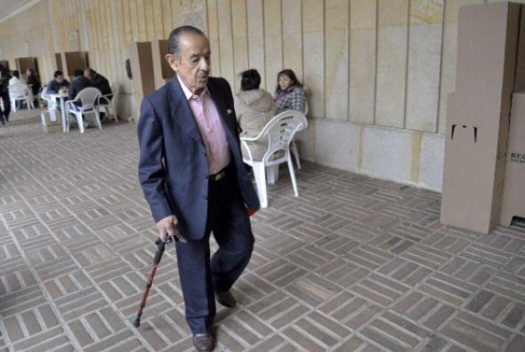 Tienen como candidatos al actual mandatario, Juan Manuel Santos, y al ur...