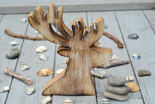 Decoraciones de madera. Una buena forma de mantener en buen estado las d...