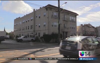 Victoria para inquilinos de un barrio latino en Oakland
