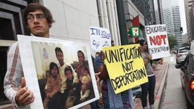En Estados Unidos viven 11 millones de inmigrantes indocumentados que ag...