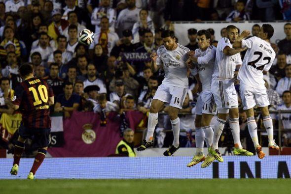 Ni siquiera de falta llevó peligro Messi. Solo tres veces tir&oac...