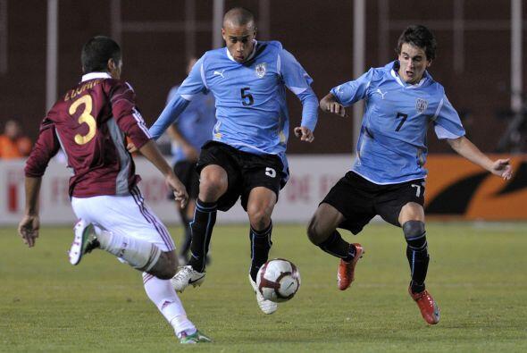 Para Uruguay el resultado fue magro ya que en el debut cayó 2-1 ante Arg...