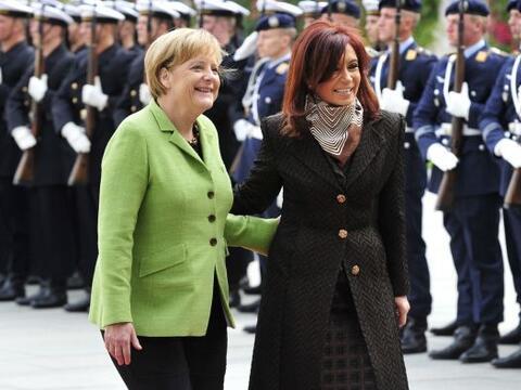 La presidenta de Argentina, Cristina Fernández de Kirchner, en vi...