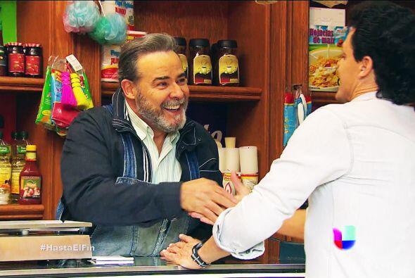 Ya nos imaginamos a don Paco como el padre que nunca tuviste, segurament...