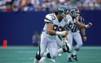 Mark Gastineau jugó durante diez temporadas con los New York Jets