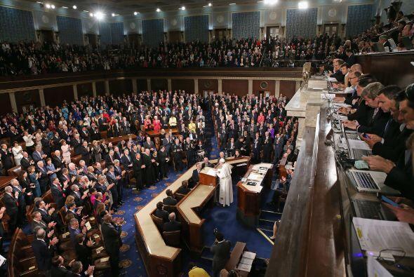 Periodistas observan el discurso del Papa ante el Congreso de EEUU.