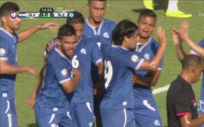 El Salvador lo merecía y marcó rápido el primer gol ante Belice