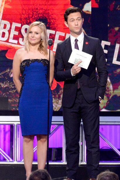 Kristen Bell y Joseph Gordon Levitt. Mira aquí los videos m&aacut...