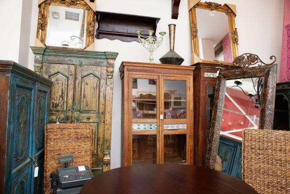 Viejos muebles, nuevo estilo. Cada mueble viejo que parece estar listo p...