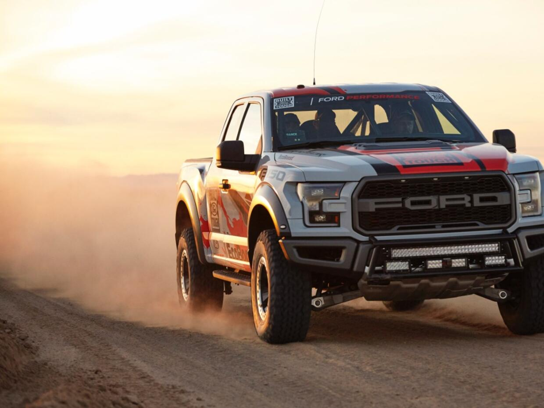 Ford Raptor-Action-53-C1.jpg
