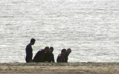 Autoridades encontraron dos cuerpos en la turística playa de Long Beach...