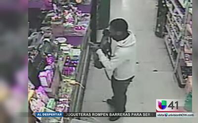 Autoridades buscan a un sospechoso de robo a mano armada en Brooklyn