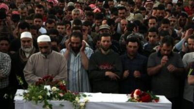 Los nuevos actos de violencia ocurren un día después de la masacre de Al...