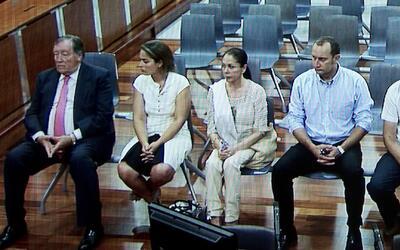 Isabel Pantoja sale en libertad tras cumplir dos años de condena por fra...