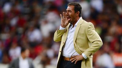 El ex entrenador del América será nuevo timonel de los Zorros del Atlas.