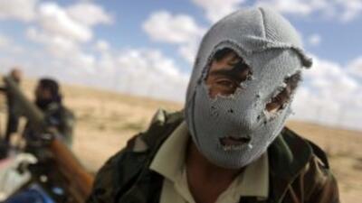 La coalición, que afirma haber neutralizado la aviación militar de Gadaf...